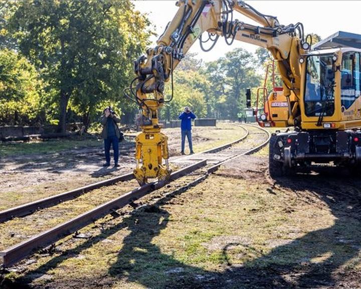 Lerakták a Budapest-Belgrád vasútvonal korszerűsítésének alapkövét