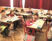 Már iskolákban is segítenek a hátrányos helyzetűeknek a szakemberek